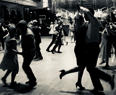Lindy Hop with Kingston Swing